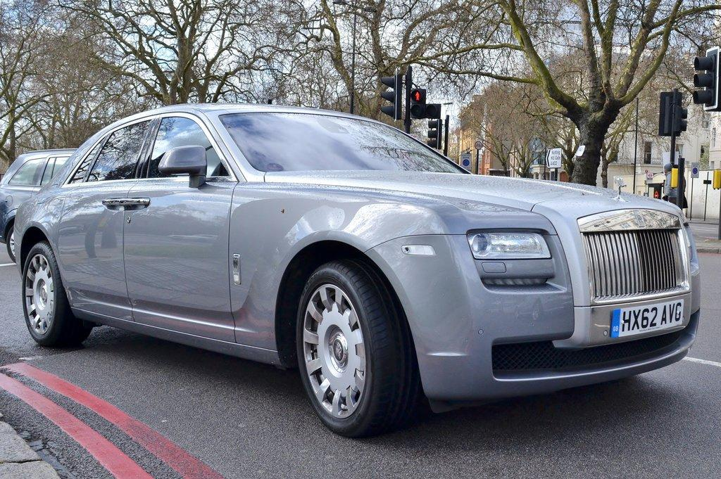 Rolls Royce Ghost V12 by doctorreplen